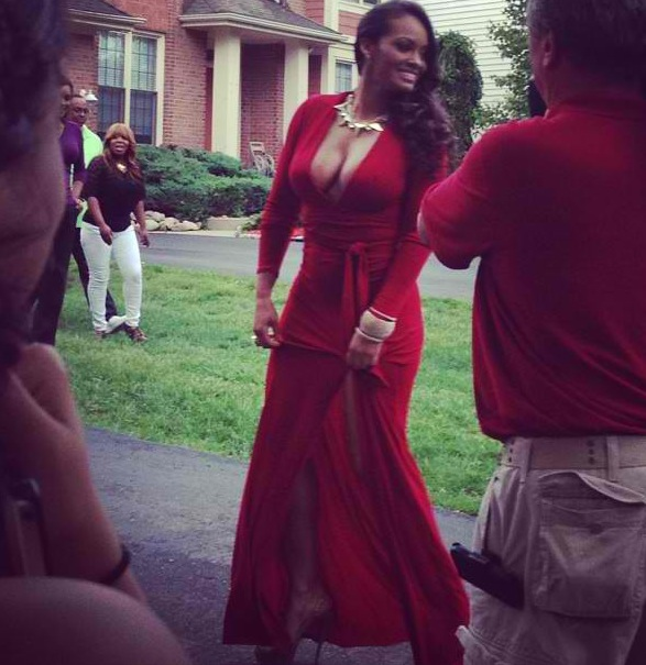 EVELYN LOZADA ATTENDS HER FIRST PROM EVER WITH MICHIGAN STUDENT